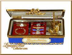 Jewelry Display Case with Jewels & Watches (Beauchamp)