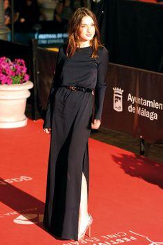 Maria Valverde in black Max MAra