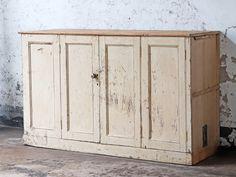 #kitcheninspo #kitchenfurniture #vintagekitchen #woodenfurniture #kitchenstorage #wallcabinet Shop Storage, Cupboard Storage, Storage Cabinets, Country Cupboard, Pine Cabinets, Game Lodge, Interior Accessories, Kitchen Furniture