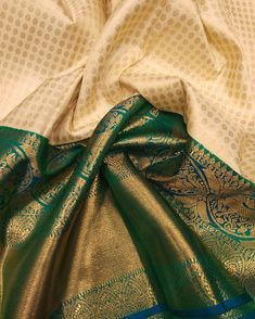 Kanchipuram handlooom pure silk saree with pure jari ❤️NO COD Payment mode Kanjivaram Sarees Silk, Indian Silk Sarees, Kanchipuram Saree, Soft Silk Sarees, Banarsi Saree, Ethnic Sarees, Gold Silk Saree, Wedding Silk Saree, White Saree