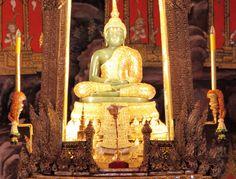 Emerald Buddha Temple - Thailand Travel