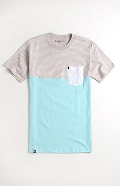 Lira Striped Block Tee (this shirt but ombre) Cool Outfits, Casual Outfits, Fashion Outfits, Fashion Trends, Cool T Shirts, Tee Shirts, Vintage Design, Sweater Shirt, Flannel Shirt