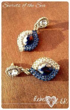 Statement seed beads blue earrings Indigo earrings by RebelSoulEK