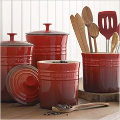 Williams Sonoma features a great selection of Le Creuset bakeware. Find Le Creuset bakeware sets designed for durability and performance. Cocotte Le Creuset, Le Creuset Cookware, Le Creuset Stoneware, Cookware Set, Red Kitchen Canisters, Kitchen Items, Kitchen Utensils, Kitchen Stuff, Kitchen Gadgets