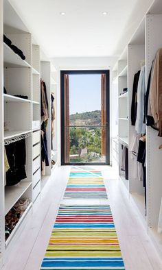 Image 10 of 18 from gallery of A House / 08023 Architecture + Design + Ideas. Photograph by Simón García Dressing Room Closet, Dressing Room Design, Dressing Rooms, Bedroom Closet Design, Closet Designs, Wardrobe Design, Wardrobe Room, Modern Closet, Closet Layout