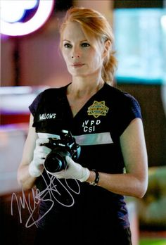 Marg Helgenberger – Original signiertes Großfoto 20x30cm als CATHERINE WILLOWS in CSI LAS VEGAS. www.starcollector.de