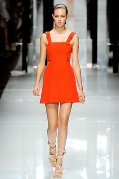 Versace - Spring 2011 Ready-to-Wear