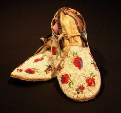 Sioux Beaded Mocassins Historic American Indian Art circa 1920.