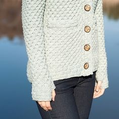 Tundra Cardigan - thumb holes and pockets and a hood oh my! Knit your own: http://ift.tt/2cHU3Fv - #knitting #knittersofig #knittersofinstagram #knitters #knit #knitstagram #instaknit #instastrikk #instaknitters #strikk #stricken #strikking #cardigan #handknit