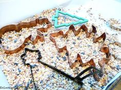 May need this while we are iced in this week! How to make birdseed ornaments without gelatin.  eclecticallyvintage.com