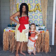 Welcome to our Hawaiian Princess who just finished her FIRST visit! Book our #Moana inspired character to your luau or birthday party! #girlygirlparteas