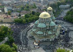 Já falei que adoro igrejas ortodoxas, então é claro que se me chamarem para ir a Sofia , eu vou.      A maioria das pessoas que a conhecem ...