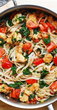 Yummy Pasta Recipes, Salmon Recipes, Seafood Recipes, Healthy Dinner Recipes, Vegetarian Recipes, Cooking Recipes, Shrimp And Spinach Recipes, Chard Recipes, Pasta Recipes No Cheese