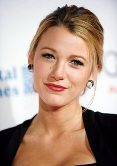 Blake Lively looking pretty with simple hair and red lip