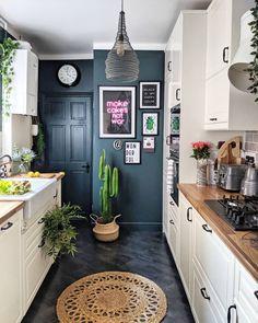 Kitchen interior design – Home Decor Interior Designs Boho Kitchen, Kitchen Decor, Kitchen White, Kitchen Ideas, Teal Kitchen Cabinets, Interior Design Kitchen, Interior Decorating, Charcoal Kitchen, Dark Wooden Floor