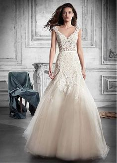 Wonderful Tulle Scoop Neckline See-through Bodice A-line Wedding Dress With Lace Appliques & Belt