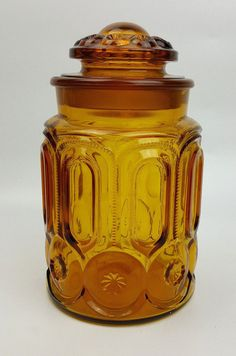 L.E. Smith vintage amber Moon and Stars 9-inch apothecary jar