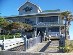 The Oceanic Restaurant in Wrightsville Beach, NC It not only has a gorgeous view of the beach, but the food is some of the best you will find anywhere in the area. Wilmington North Carolina, North Carolina Homes, Wilmington Nc, Wilmington Restaurants, Oh The Places You'll Go, Great Places, Beautiful Places, Beach Pool, Beach Trip