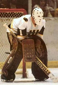 Women's Hockey, Hockey Stuff, Hartford Whalers, Goalie Mask, Masked Man, Cool Masks, Toronto Maple Leafs, Golf Bags, Nhl