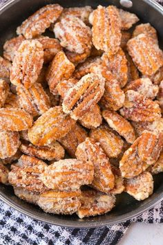 Easy Stovetop Sugar Free Candied Pecans that are completely keto, paleo, vegan, gluten free, dairy free and sugar free! A quick and easy snack! Gluten Free Snacks, Dairy Free Recipes, Vegan Gluten Free, Paleo Recipes, Paleo Vegan, Candy Recipes, Paleo Pizza, Vegan Snacks, Snack Recipes