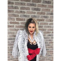 15 Plus Size Halloween Costumes that WOWED Us-Just Bre Your Curvy Self