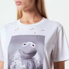 2019 Round Neck Frog Print Short-Sleeved Women T-Shirt Wedding Dress Frog S Satin Material, Printed Shorts, Sleeve Styles, Graphic Sweatshirt, T Shirts For Women, Sweatshirts, Casual, Sleeves, Cotton