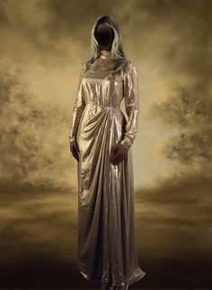 Yvonne Todd. Angel, 2007 Narrative Photography, Figure Photography, Photography Courses, Lamb's Book Of Life, Lamb Book, Contemporary Photography, Contemporary Art, Photos 2016, Beauty Pageant