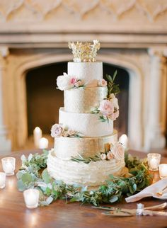 Regal wedding cake: http://www.stylemepretty.com/2016/04/04/new-york-with-with-french-vintage-vibe/ | Photography: KT Merry - http://www.ktmerry.com/