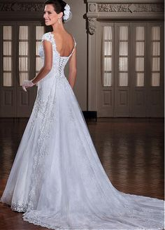 Elegant Tulle Sweetheart Neckline Dropped Waistline A-line Wedding Dress With Beaded Lace Appliques