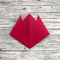 Easy-peasy Origami Tulips – The Bear & The Fox Sundays Coming, Mothering Sunday, Last Minute Gifts, Easy Peasy, Tulips, Lifestyle Blog, Gifts For Kids, Origami, Fox