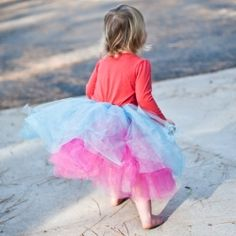 These skirts are easy and inexpensive to make. Just use this free tutorial and add a little fun to your little girl's wardrobe.