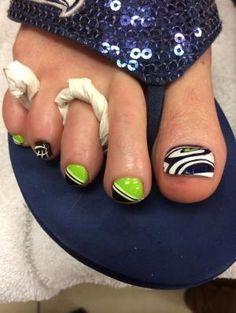 Seahawks nails art