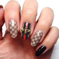 Lacquered Lawyer | Nail Art Blog: Bee Gucci