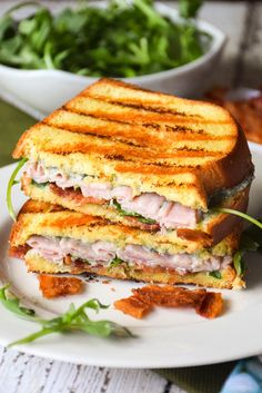 Grilled Ham and Blue Cheese. Grilled Ham and Blue Cheese Sandwich - incredibly delicious with all the right textures and flavors! Dinner Sandwiches, Turkey Sandwiches, Wrap Sandwiches, Wrap Recipes, Milk Recipes, Grilled Ham And Cheese, Sweet And Spicy, Blue Cheese, Appetizer Recipes