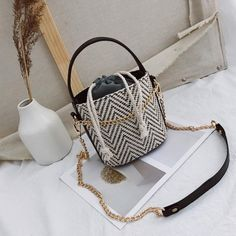 Luggage & Bags Shoulder Bags 2018 Beach Solid String Mini Bucket Bags Female Summer Knitting Straw Bags Sweet Hot Casual Holiday Crossbody Bag Handbags Moderate Cost