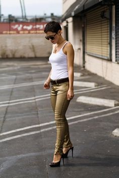 the epitome of casual. Zara jeans, J.Crew tank, & Nina Ricci pumps. Karla is amazing.