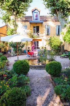 8 Idees De Au Bord De La Piscine Piscine Locations Vacances Vacances