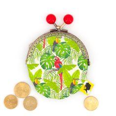 Porte-monnaie original, illustré jungle et toucans, fait-main avec fermoir clip métal, cadeau pour femme, pour la fete des meres, 8x12 cm