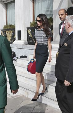 Amal Clooney Makes a Case for the Ladylike Hat-Box Purse – Vogue