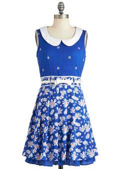 Patch of Petals Dress   Mod Retro Vintage Dresses   ModCloth.com