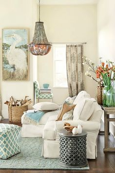 Beachy Decor Ideas | somuchbetterwithage.com