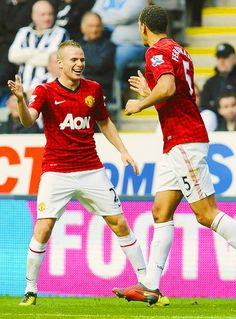 Tom Cleverley (left) and Rio Ferdinand of Manchester United