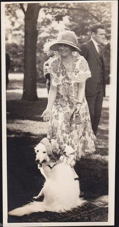 Grace Coolidge w/ Prudence Prim Presidential Dog Vintage 1920s News Press Photo