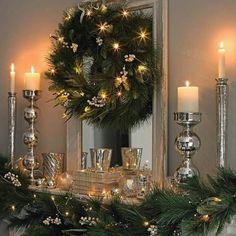 Weihnachtsdeko Ideen mit Lichterketten-leuchtende Kränze, Türdeko
