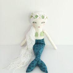 Muñeca sirena muñeca hecha a mano verde verde por aprilmoffatt