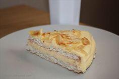 LCHF-Recept: Mandeltårta med smörkräm Lchf, New Recipes, Snack Recipes, Breakfast Snacks, Paleo Dessert, Low Carb Keto, Stevia, No Bake Cake, Cake Decorating