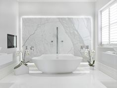 UK's leading independent bathroom design and supply specialists. Make your bathrooms a better place with our tailored bathroom solutions! White Master Bathroom, Modern Bathroom, Small Bathroom, Bathroom Design Luxury, Bath Design, Bad Inspiration, Bathroom Inspiration, Lodge Bathroom, Beautiful Bathrooms