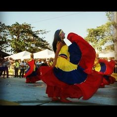 Colombian People, Colombian Women, Largest Countries, Countries Of The World, Cali, Spanish Speaking Countries, Thirty Two, Latin Women, How To Speak Spanish