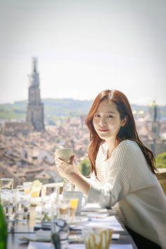 More of 'Swiss Friend' Han Ji Min in Switzerland Female Actresses, Korean Actresses, Korean Actors, Korean Women, Korean Girl, Korean Beauty, Asian Beauty, Beautiful Asian Women, Beautiful People
