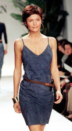 Helena Christensen - Ralph Lauren Spring 1997 - Minimalist style - minimalism - casual outfit